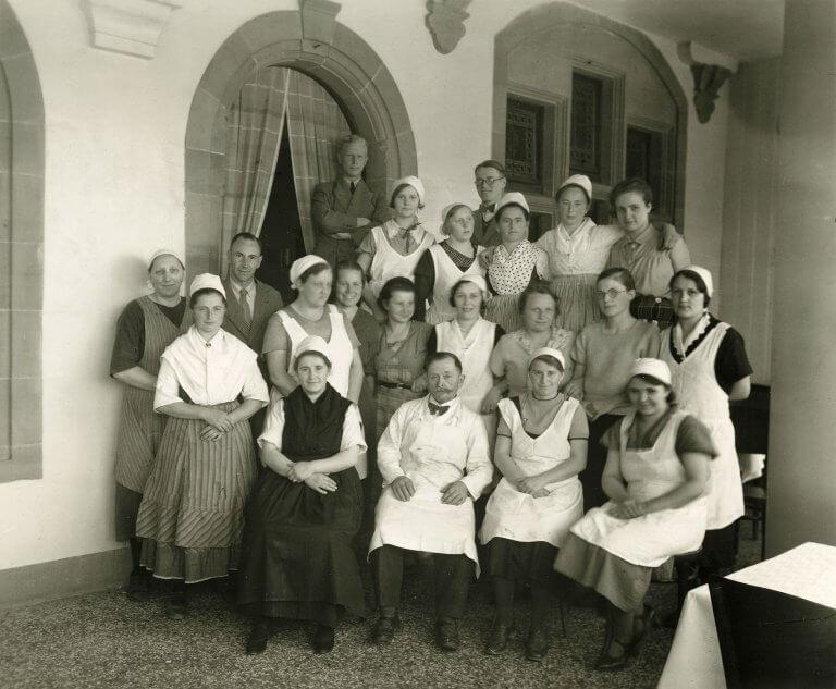 Historisches Foto der Küchenmannschaft der alten mensa in der Reitgasse