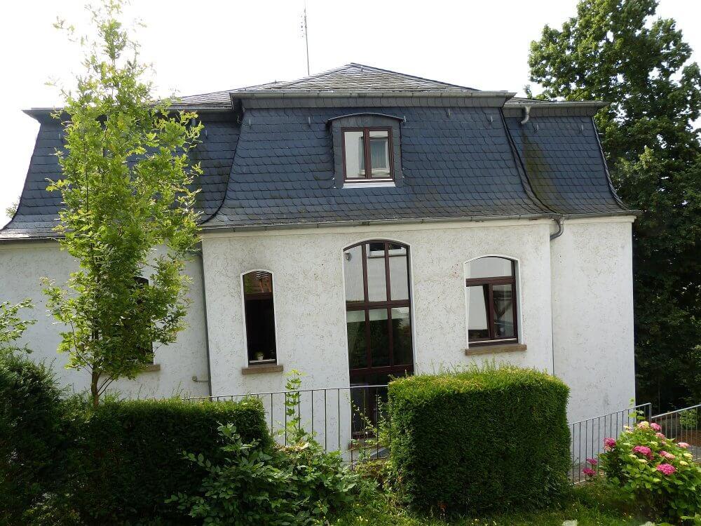 das Bettinahaus von hinten betrachtet
