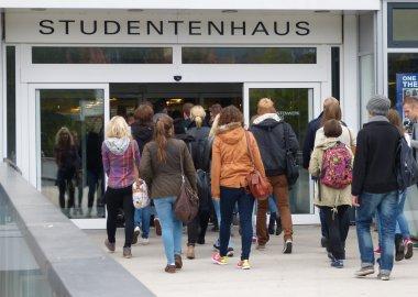 Start der Orientierungswoche für Erstsemester