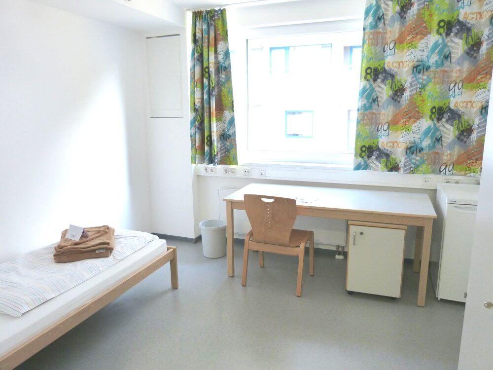 Blick in ein modernes Apartment im Studentendorf