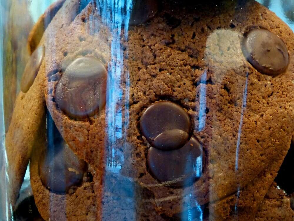 Schokokekse in einem Glas