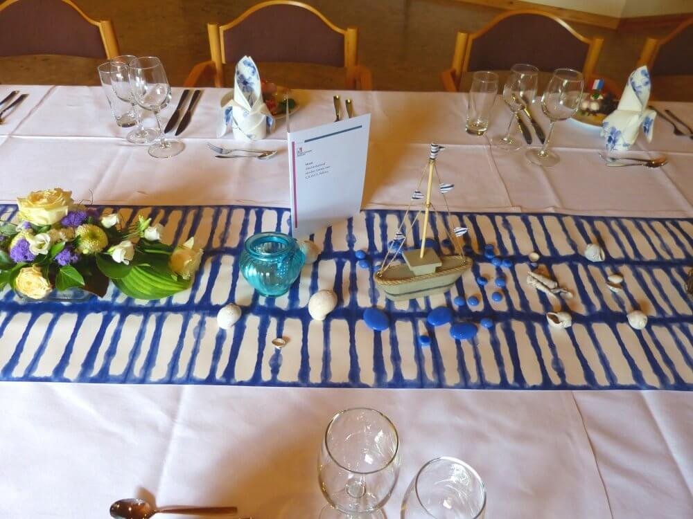 Tischdekoration eienr festlichen Tafel