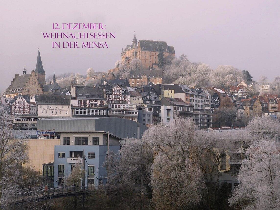 Ansicht auf das Marburger Schloss im Schnee