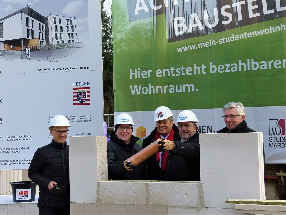 Grundstein gelegt für 74 Wohneinheiten mitten in der Stadt